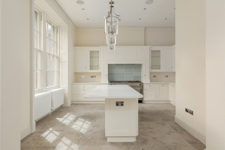 Contemporary White Shaker Kitchen Modern style kitchen by Stange Kraft Ltd Modern Solid Wood Multicolored