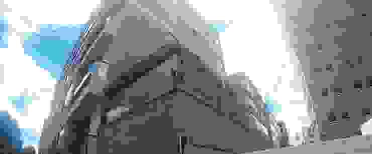 Pérgola y Cortavientos Balcones y terrazas de estilo moderno de MODE ARQUITECTOS SAS Moderno