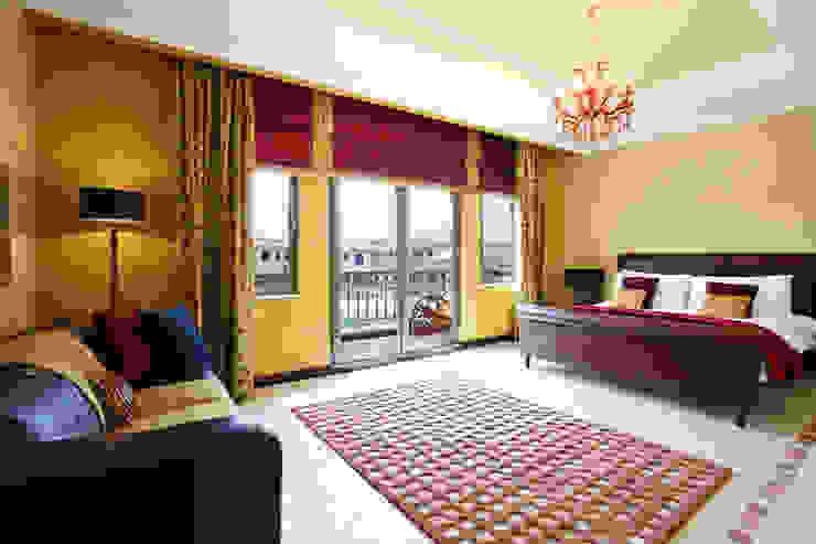 Palm Jumeirah 1 Chameleon Interior Dormitorios de estilo ecléctico