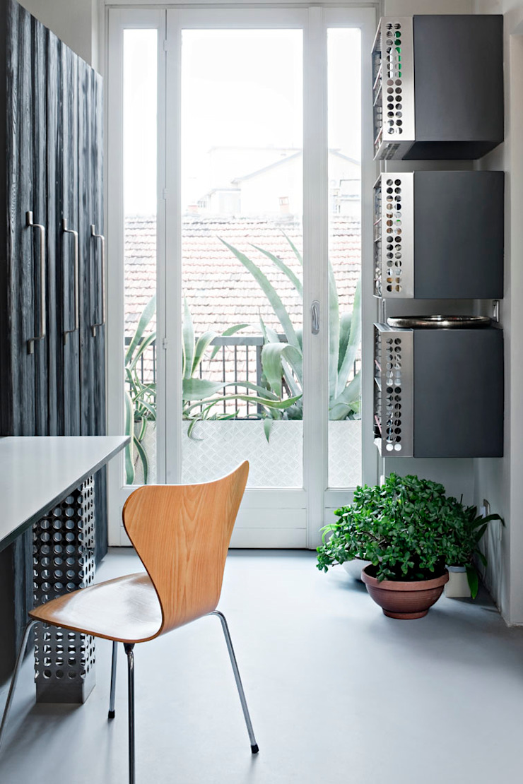 Puertas y ventanas de estilo moderno de PAOLO FRELLO & PARTNERS Moderno