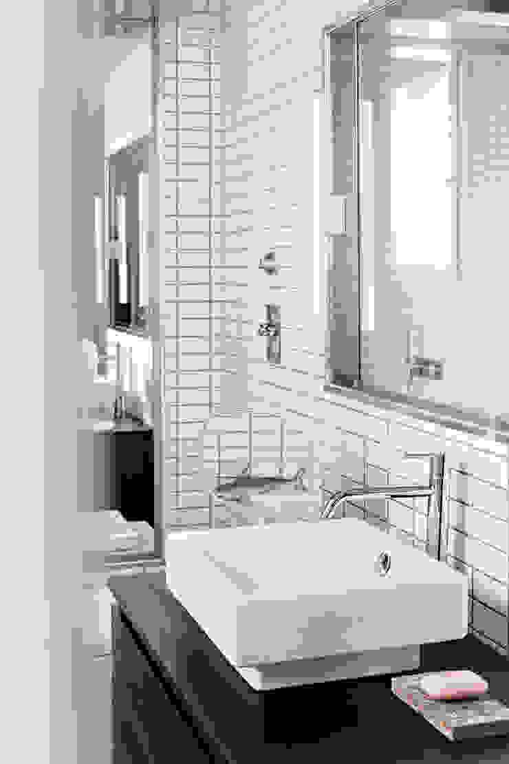 Ванная комната в стиле модерн от PAOLO FRELLO & PARTNERS Модерн