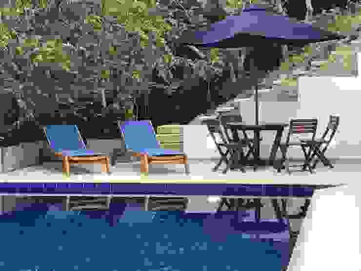 Arquitectos y Entorno S.A.S 泳池