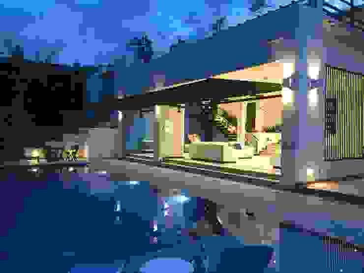 Casa Olarte More Anapoima Modern Pool by Arquitectos y Entorno S.A.S Modern