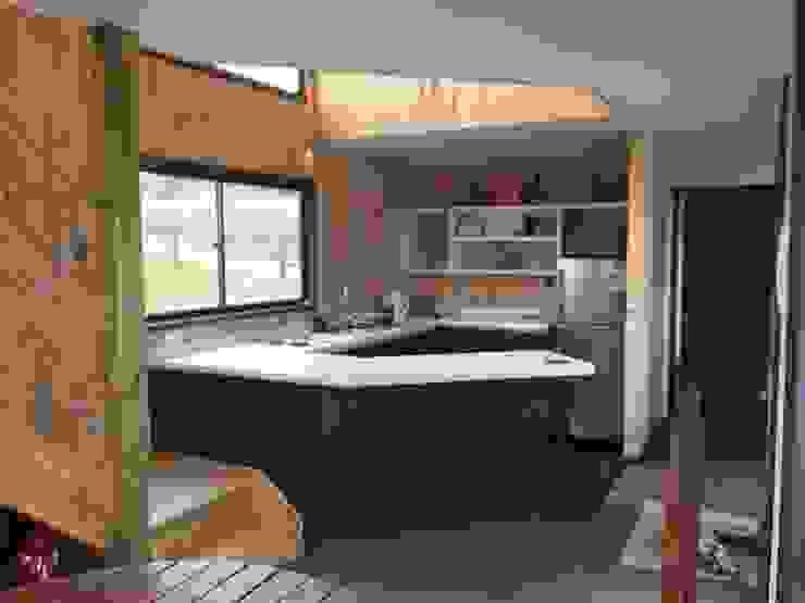 EstradaMassera Arquitectura Nhà bếp phong cách hiện đại