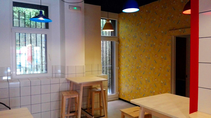 estudio551 Bars & clubs modernes Rouge