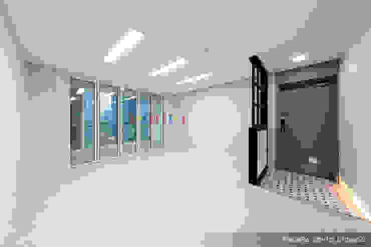 의정부 호원동 신원아파트 인테리어 모던스타일 거실 by 디자인플러스 모던