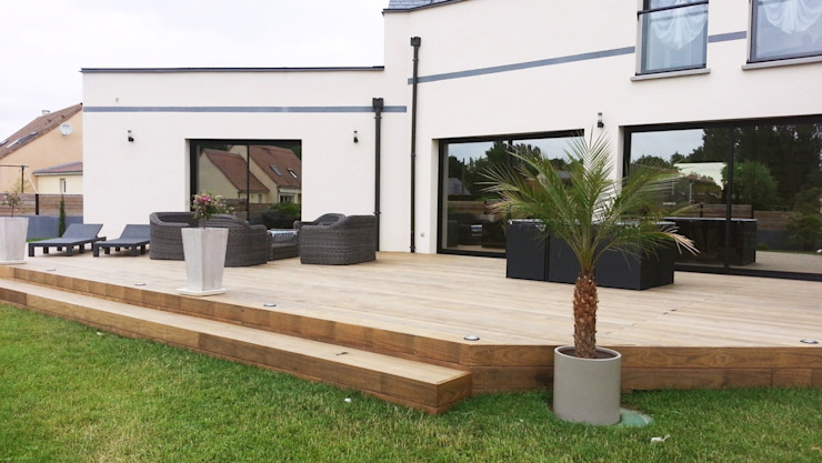 DURABLE DECK WITH INNOVATIVE FIXING SYSTEM: modern  by Kebony,Modern