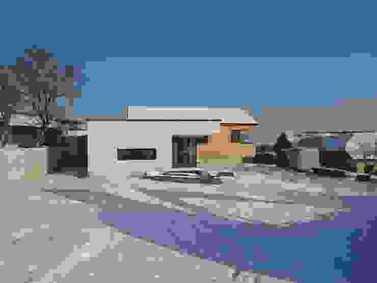Haus L _ NÖ Architekt DI Stefan Hinterhofer Moderne Häuser