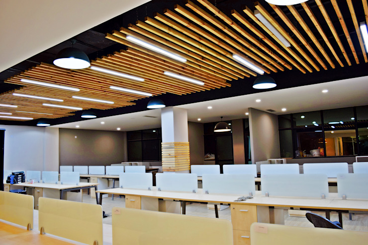 Office at Sector 32, gurugram Modern offices & stores by The Workroom Modern