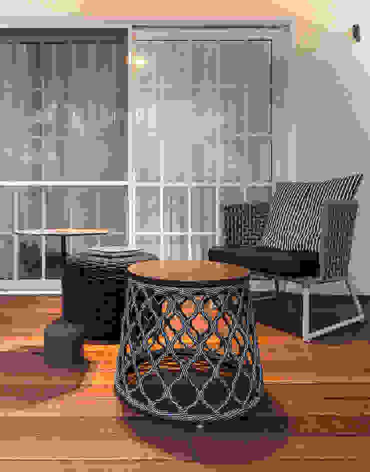 Balcon, Veranda & Terrasse tropicaux par branco arquitetura Tropical