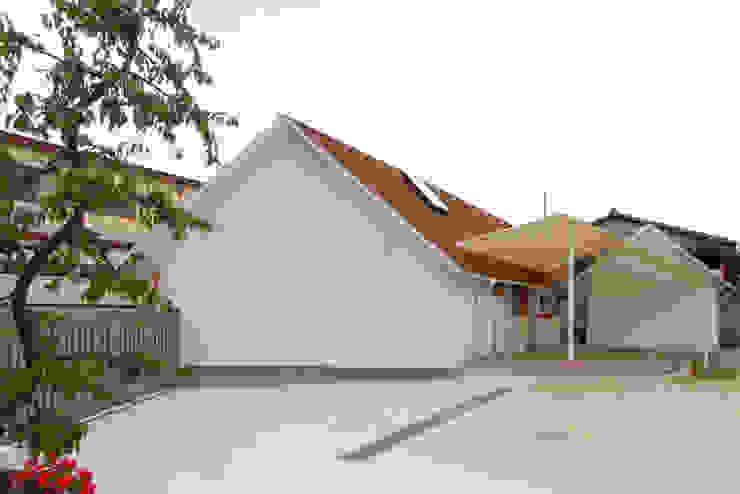 の ざ き 設 計 Sekolah Gaya Skandinavia