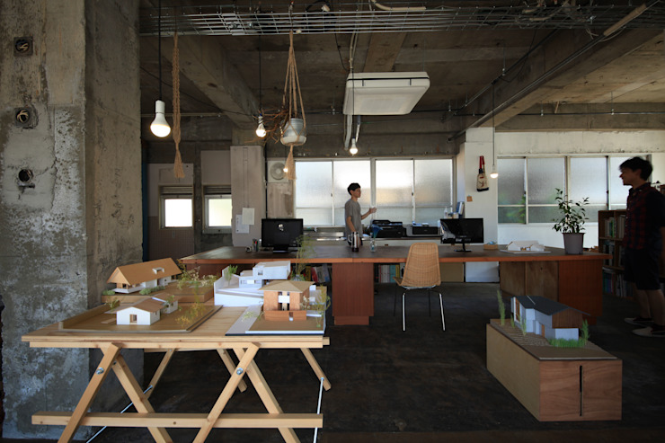 の ざ き 設 計 Rustic style offices & stores