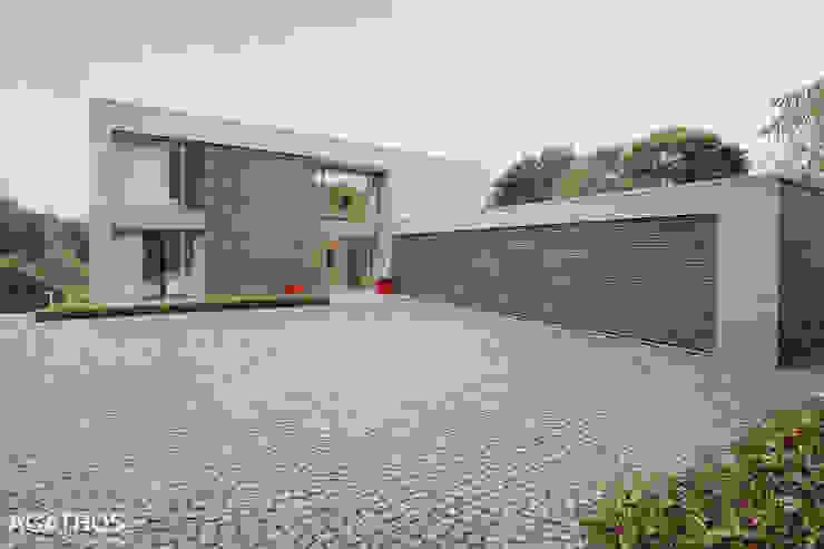 Neubau einer Villa in Ostbelgien Moderne Häuser von Architekturbüro Sutmann Modern