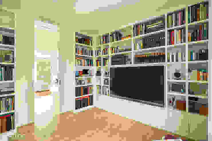 Salas multimédia modernas por Architekturbüro Sutmann Moderno