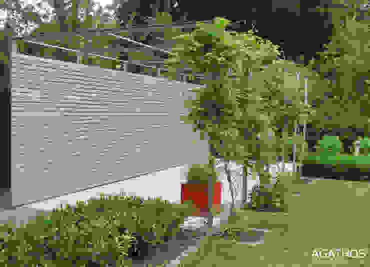 Neubau einer Villa in Ostbelgien Moderner Garten von Architekturbüro Sutmann Modern