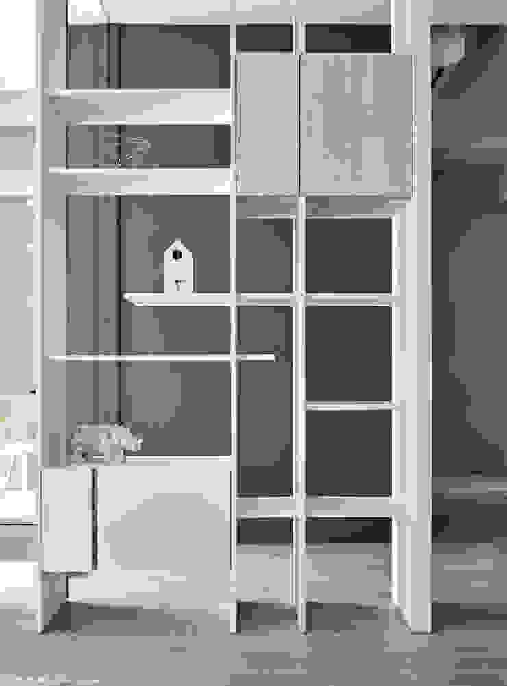 青釀 现代客厅設計點子、靈感 & 圖片 根據 思維空間設計 現代風