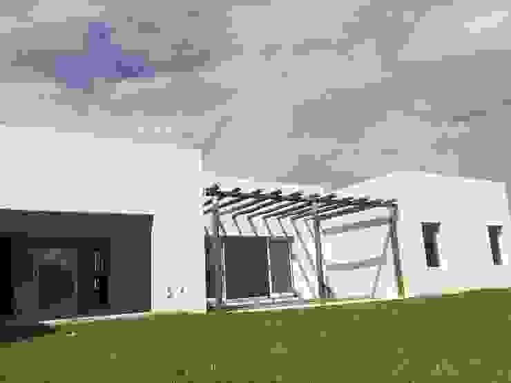 La Cardera Casas modernas: Ideas, imágenes y decoración de Estudio Victoria Suriguez Moderno