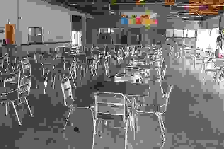 Restaurante HACEB de Metalmuebles Clásico Aluminio/Cinc