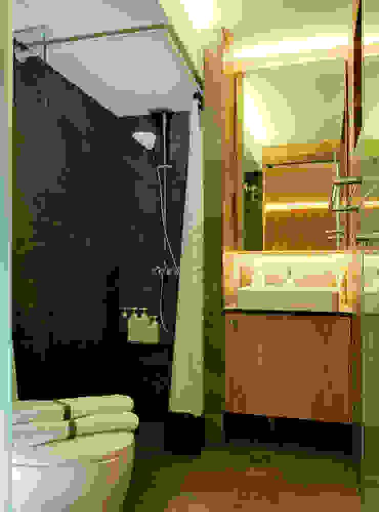 Design & Build Project: Resale HDB Apt @ Serangoon Ave 3 Scandinavian style bathroom by erstudio Pte Ltd Scandinavian