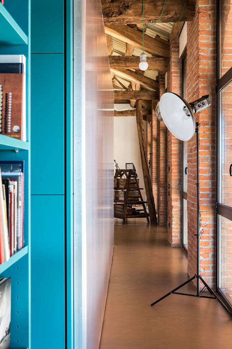 UNO8A Industrial style study/office Plastic Turquoise