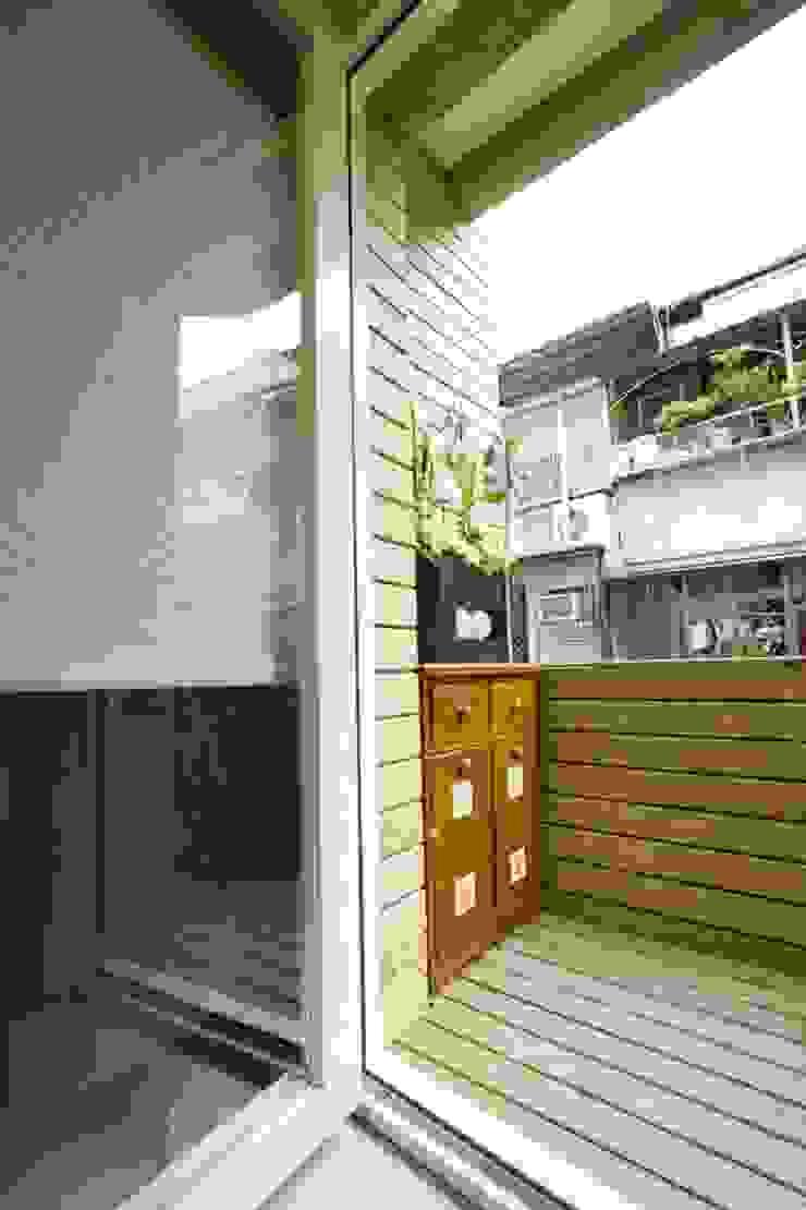 前陽台 根據 Hi+Design/Interior.Architecture. 寰邑空間設計 隨意取材風