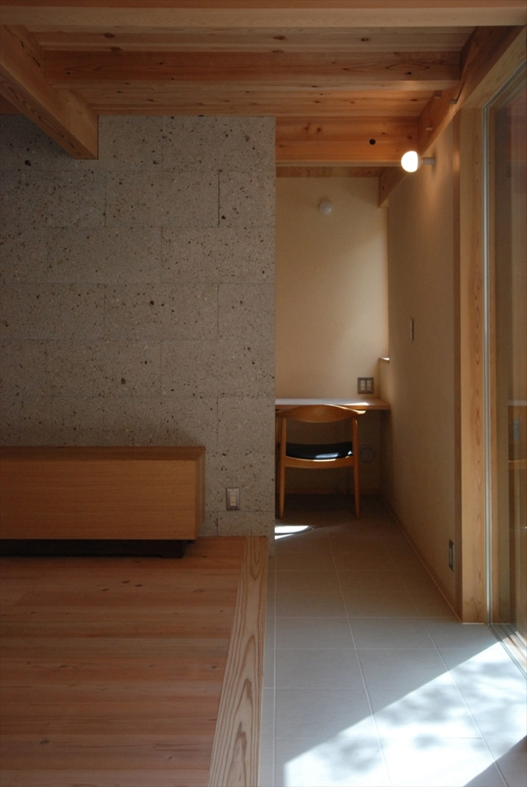 Eclectic style study/office by 神谷建築スタジオ Eclectic
