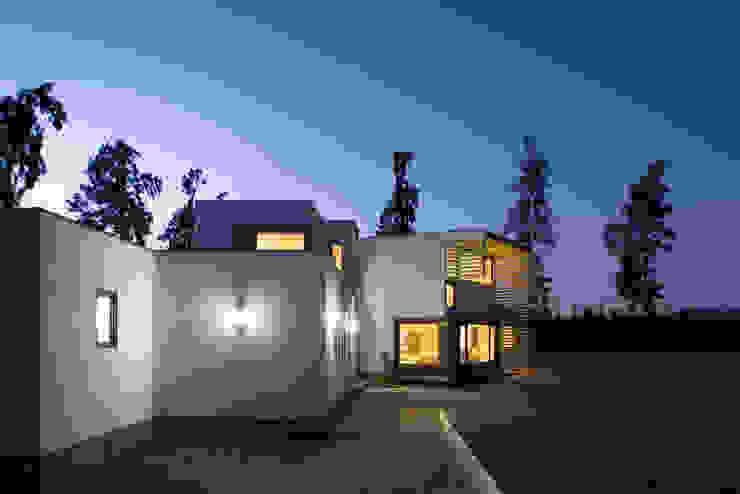 Casa Passalaqua Casas estilo moderno: ideas, arquitectura e imágenes de GITC Moderno