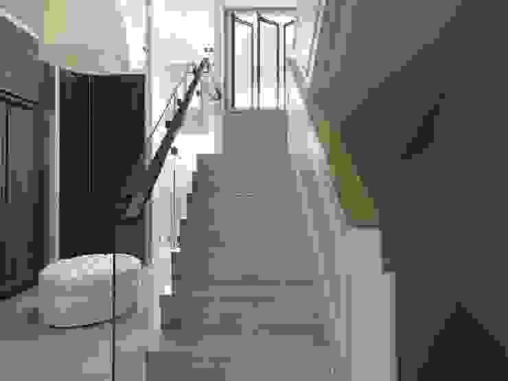 彰化T宅 現代風玄關、走廊與階梯 根據 Ho.space design 和薪室內裝修設計有限公司 現代風