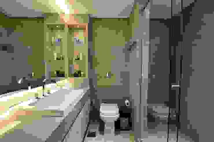 Casas de banho por Daisy Dias - Interiores Criativos