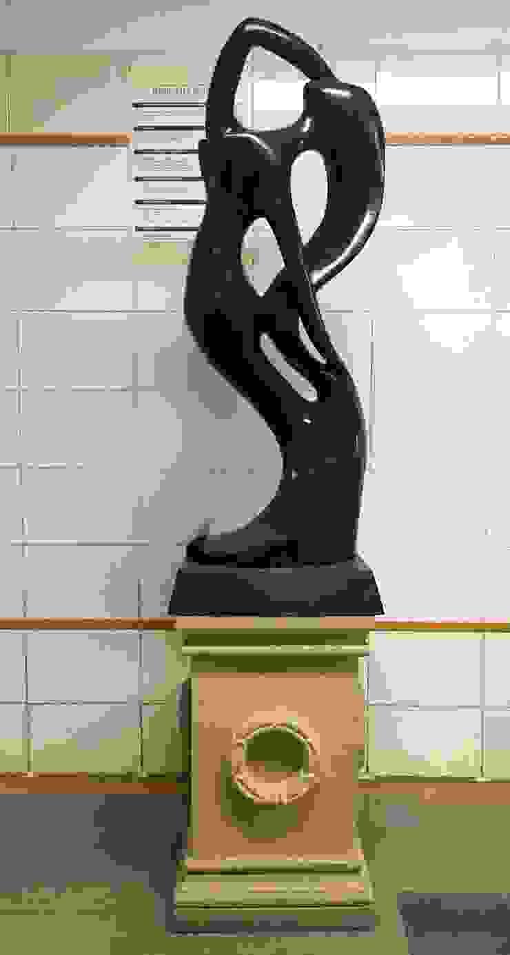 Marble Sculpture Modern corridor, hallway & stairs by Karara Mujassme India Modern Marble