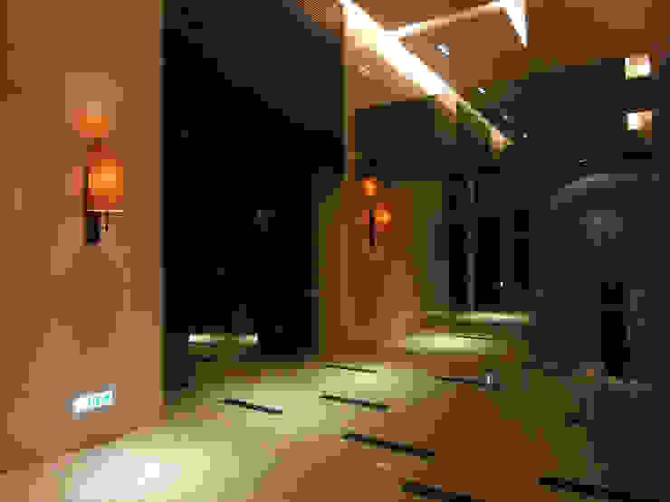 Wall Lamp 現代風玄關、走廊與階梯 根據 ABOON custom lightings 現代風