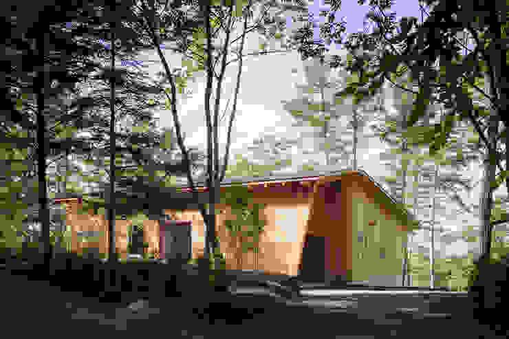 根據 内海聡建築設計事務所 北歐風
