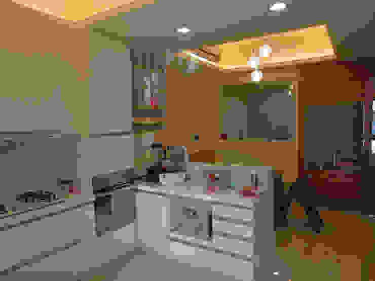 鄉景-李公館 現代廚房設計點子、靈感&圖片 根據 伊梵空間規劃設計 現代風