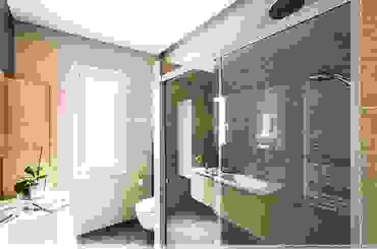 現代浴室設計點子、靈感&圖片 根據 TALLER VERTICAL Arquitectura + Interiorismo 現代風