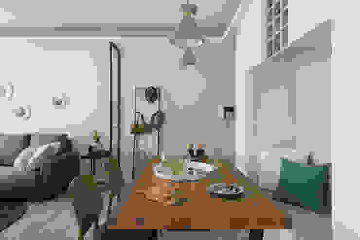 Comedores de estilo  de 寓子設計