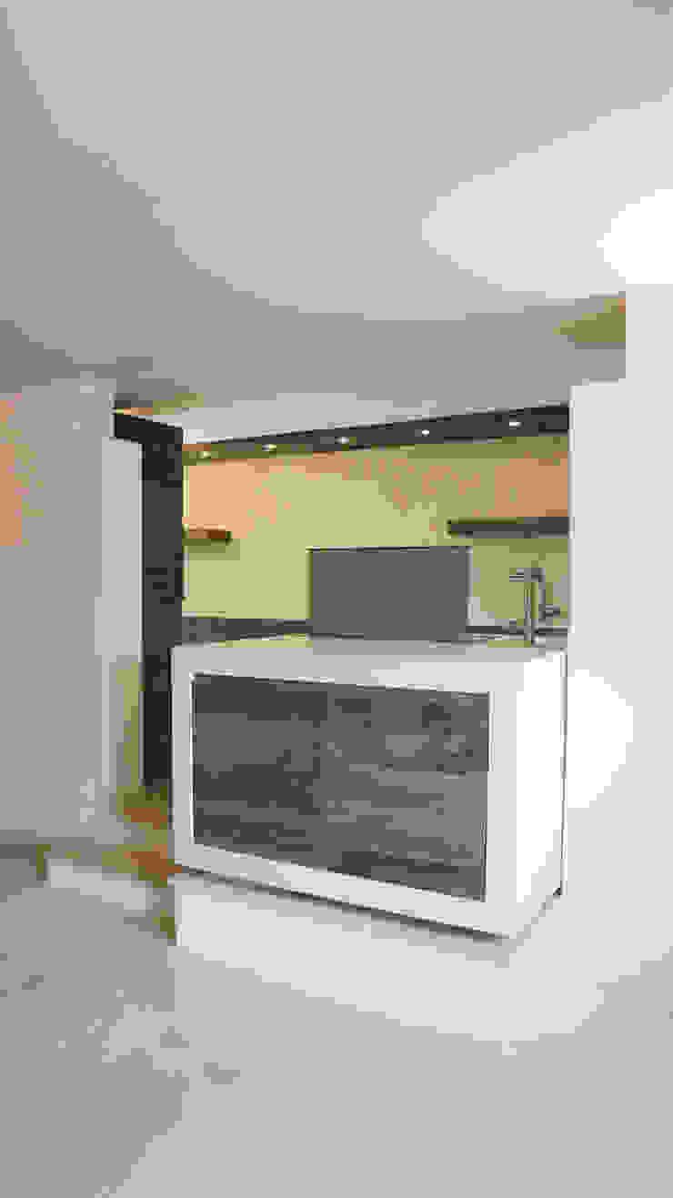 Design and functionality in your kitchen di RI-NOVO Scandinavo Legno Effetto legno