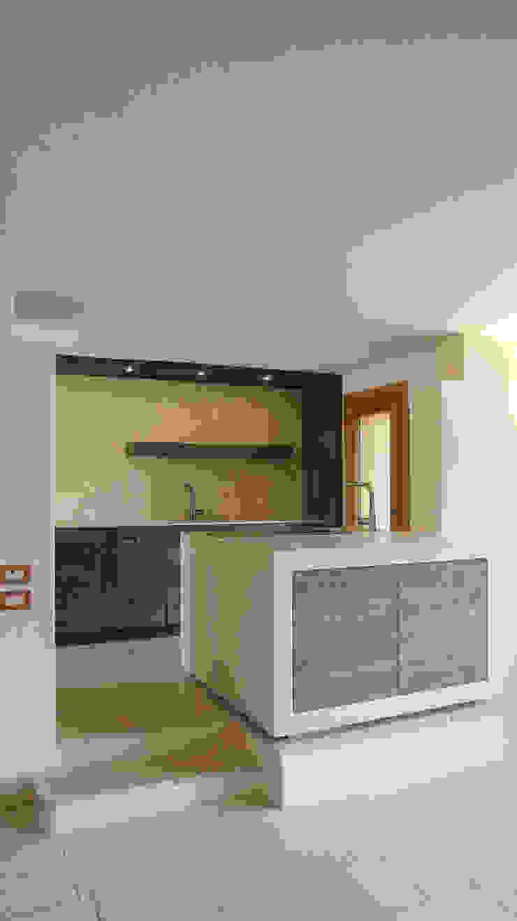 Design and functionality in your kitchen di RI-NOVO Rustico Legno Effetto legno