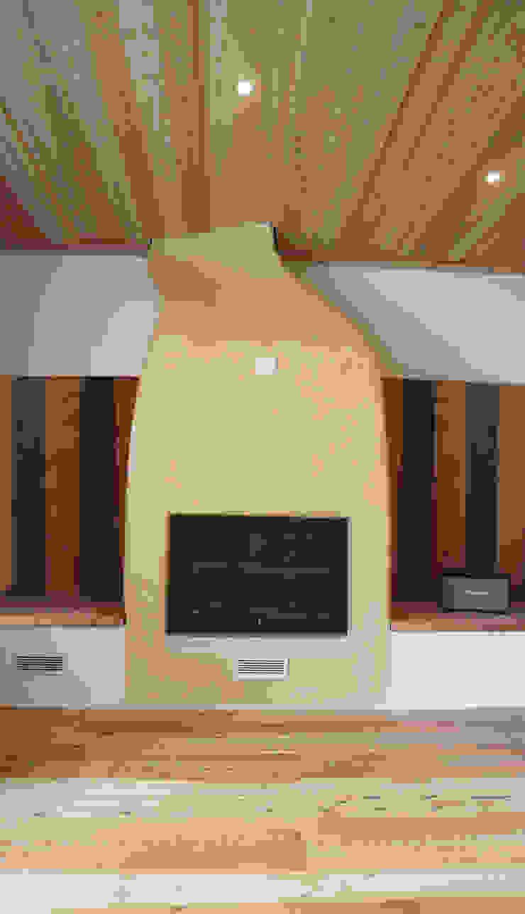 Design and functionality in your kitchen Soggiorno in stile rustico di RI-NOVO Rustico Legno Effetto legno