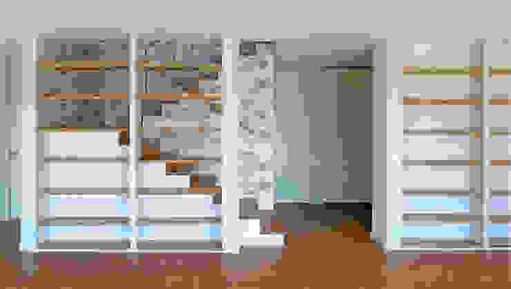Vivienda en San Martiño do Porto Pasillos, vestíbulos y escaleras de estilo moderno de AD+ arquitectura Moderno