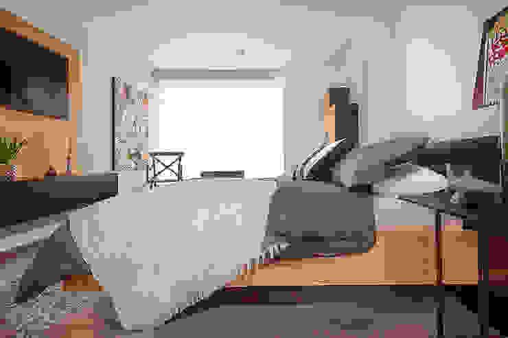 Maria Mentira Studio СпальняЛіжка та спинки