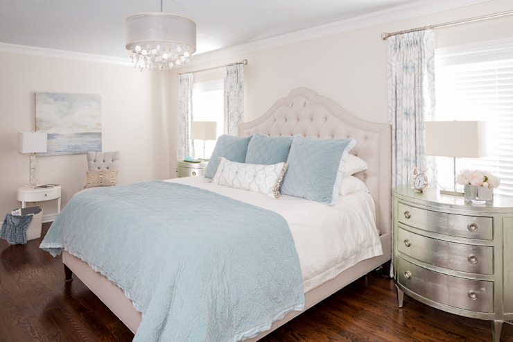 Tranquil Master Bedroom Classic style bedroom by Frahm Interiors Classic