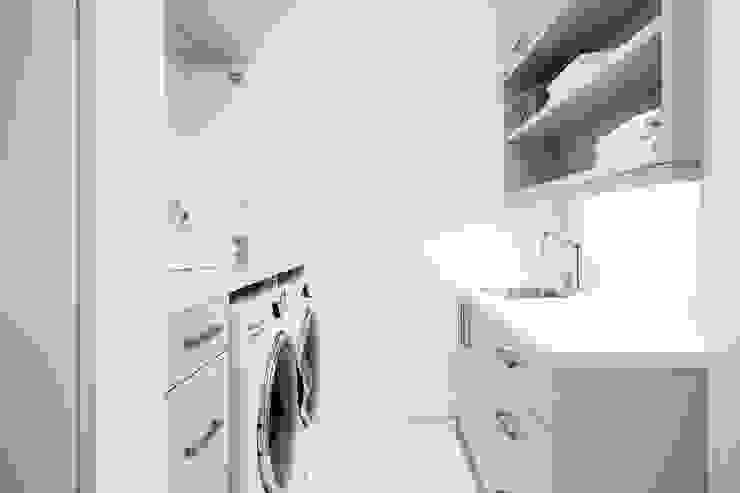 Laundry Room 現代風玄關、走廊與階梯 根據 Frahm Interiors 現代風