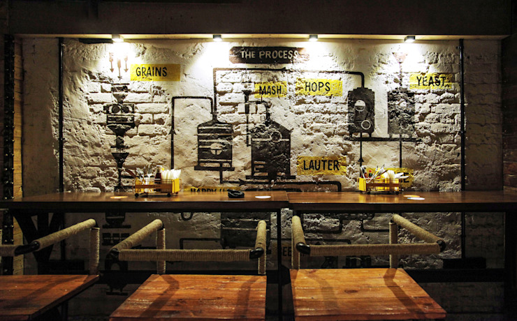 Ministry of Beer, CP Delhi Industrial style bars & clubs by Studio Interiors Infra Height Pvt Ltd Industrial Bricks