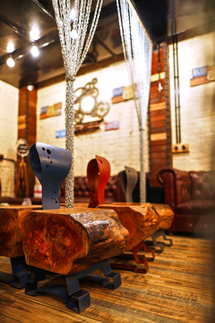 Ministry of Beer, CP Delhi Industrial style bars & clubs by Studio Interiors Infra Height Pvt Ltd Industrial Metal