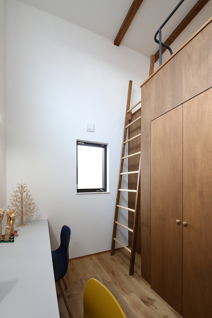 狭小地に建つ家 / zuiun の zuiun建築設計事務所 / 株式会社 ZUIUN モダン