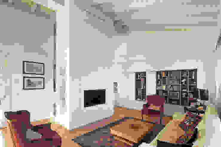 Sala Stile Moderno JFD - Juri Favilli Design Soggiorno moderno Legno Bianco