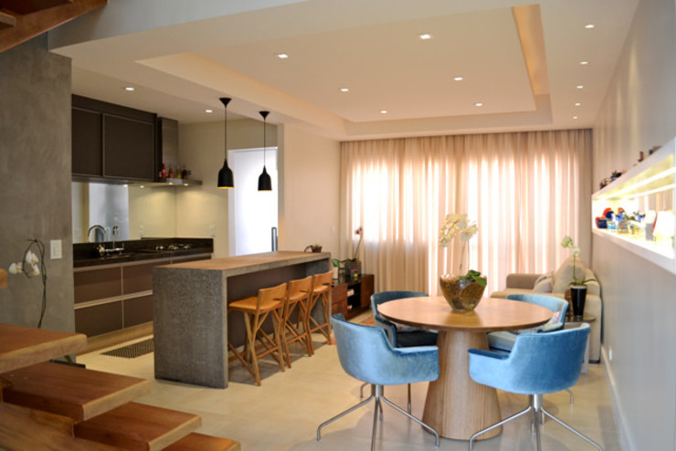 Casa da Fotografa Salas de jantar modernas por BRITA ARQUITETURA Moderno Madeira Efeito de madeira