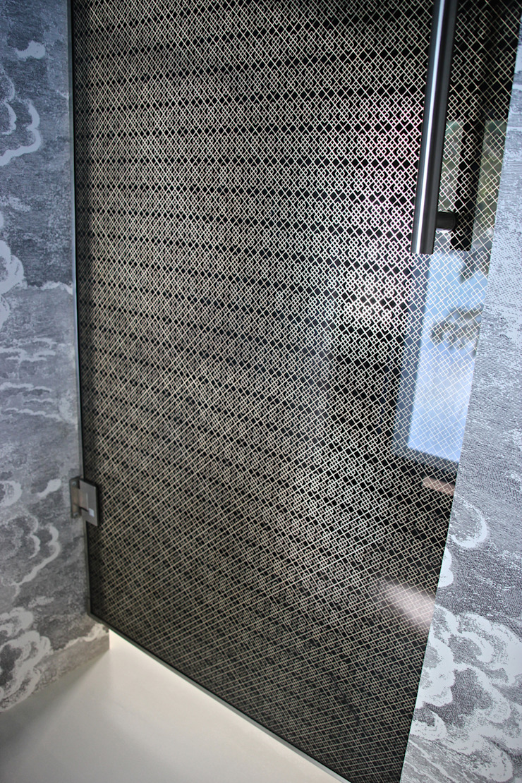Glass Door with Bespoke Filigree Pattern by Alguacil & Perkoff Ltd. Modern Glass