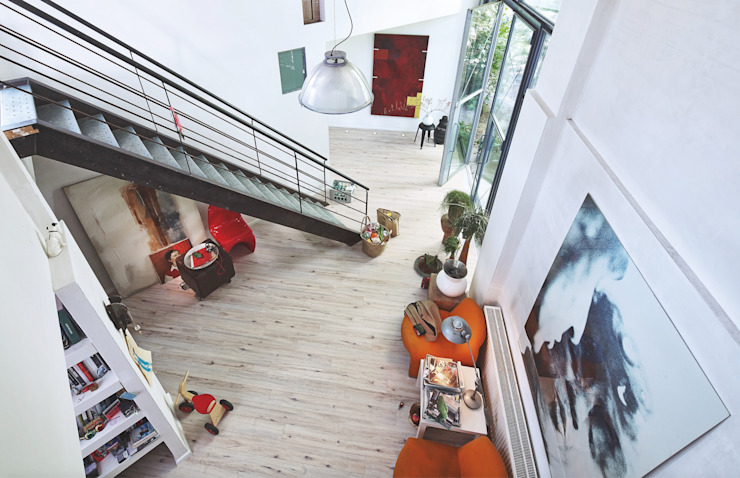 Laminat | Talamo homify Moderner Flur, Diele & Treppenhaus