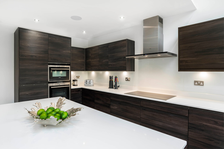 modern  by James Rowland Photography, Modern